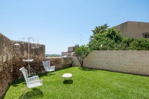 Intalloi, Bed & Breakfasts  Noto - big - 12