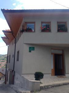 Hostel Komatin - фото 9