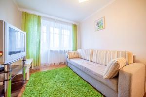 (Apartment Sodruzhestva 88)