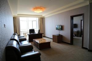 Mainland Chinese Citizens-One-Bedroom Suite North Tongdu Hotel
