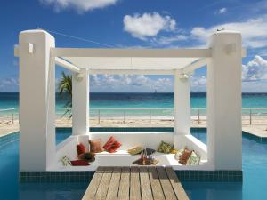 Coral Beach Club