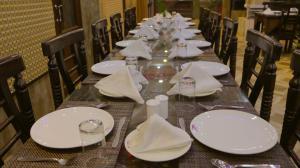 AAA Hotel & Restaurant