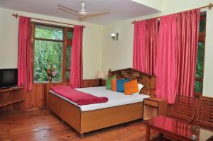 Manali Treehouse Cottages