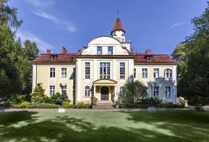 Hotel Palac Nieznanice