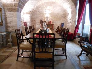Palazzo Antica Via Appia, Отели типа «постель и завтрак»  Bitonto - big - 37