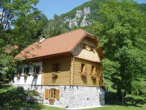 Holiday House Sobol