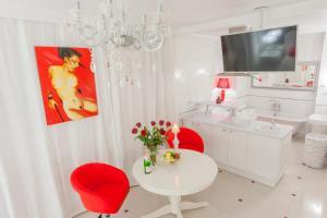 Apartment na Marata 41