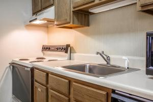 Suburban Extended Stay Hotel Columbia, Hotely  Columbia - big - 20