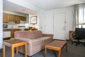Suburban Extended Stay Hotel Columbia, Hotely  Columbia - big - 11