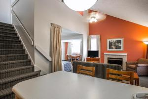 Suburban Extended Stay Hotel Columbia, Hotely  Columbia - big - 25
