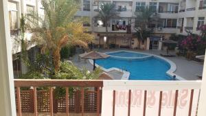 Apartment at nice resort with pool, Апартаменты  Хургада - big - 7