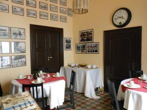 Palazzo Antica Via Appia, Отели типа «постель и завтрак»  Bitonto - big - 23
