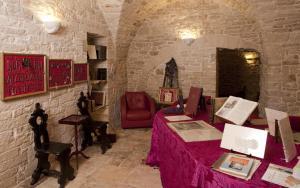 Palazzo Antica Via Appia, Отели типа «постель и завтрак»  Bitonto - big - 22