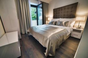 Casa V Luxury Apartments