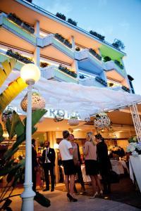 Prenota Hotel Aurora