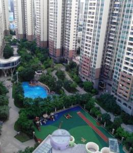 Shuanglong Tianhong Apartment