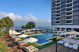 obrázek - The Seasons Hotel - on the sea