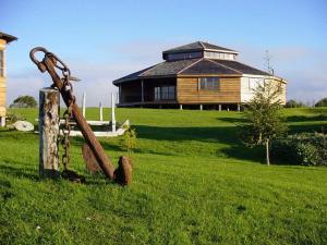 Refugio Marina Quinched