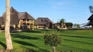 Lapa Lange Game Lodge, Лоджи  Mariental - big - 29