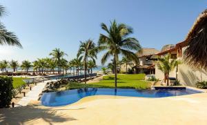 Сиуатанехо - Las Palmas Beachfront Villas
