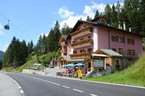 Hotel La Roccia - Passo Tonale