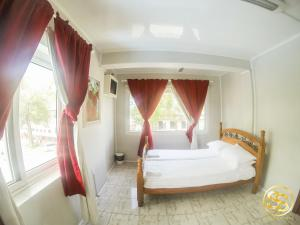 Hotel Sullies Suites