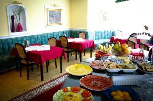 Muschel Panzió, Guest houses  Keszthely - big - 14