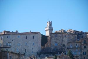 Residenza Savonarola Luxury Apartment, Ferienwohnungen  Montepulciano - big - 28