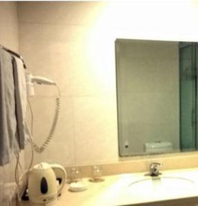 Фото отеля Sanyuan Hotel