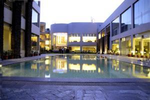 Hans Hotel & Resorts