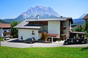 Haus Bergfrieden