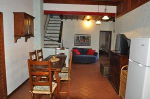 科諾4號公寓 (Apartment Corno 4)