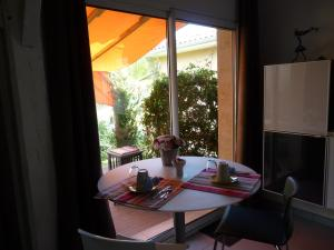 Mascarisle, Bed & Breakfasts  Libourne - big - 18