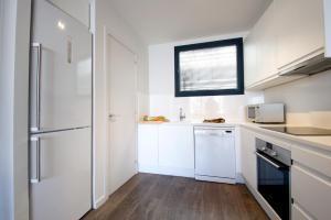 Deco Apartments – Diagonal, Ferienwohnungen  Barcelona - big - 2