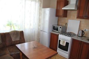 Obolonskaya Square Apartment