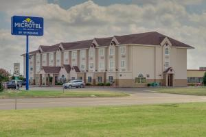 Microtel Inn and Suites by Wyndham Oklahoma City Airport