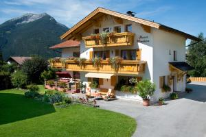 Gästehaus Wanker, Guest houses  Ehrwald - big - 24