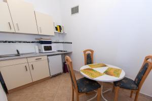 Apartment Ivka, Ferienwohnungen  Crikvenica - big - 11