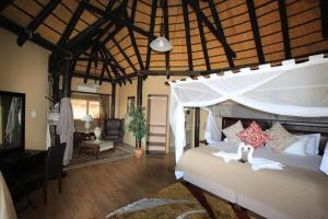 Lapa Lange Game Lodge, Лоджи  Mariental - big - 42