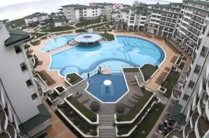 Emerald DH Property, Апартаменты  Равда - big - 44