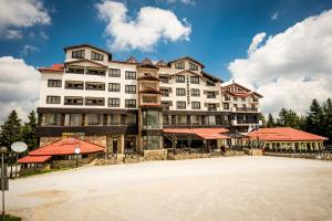 Snezhanka Hotel & SPA - Winter Half Board