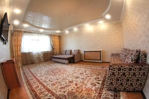 Апартаменты AHome 80 на проспекте Аль-Фараби, Алматы