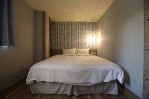 Central Hotel, Hotely  Zhongli - big - 8