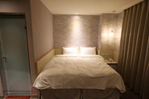 Central Hotel, Hotely  Zhongli - big - 7