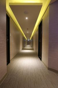 Central Hotel, Hotely  Zhongli - big - 17