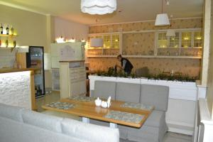 Mini Hotel Kolibri, Inns  Simferopol - big - 16