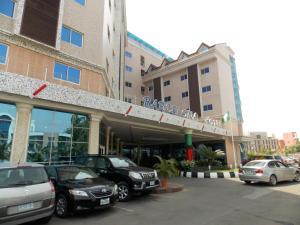 Абуджа - Barcelona Hotels Abuja