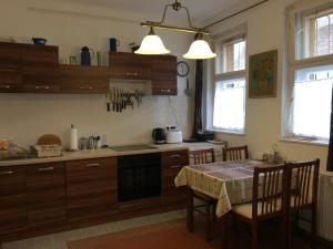 Koren family Apartment, Apartments  Budapest - big - 19