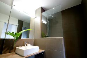 Deco Apartments – Diagonal, Ferienwohnungen  Barcelona - big - 4