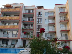 Apartments in Lotos Complex